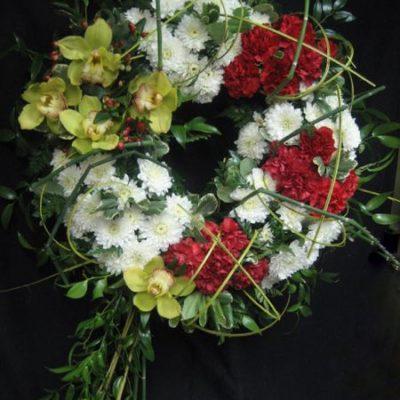 Couronne de fleurs. La vie continue ! FCOU-1