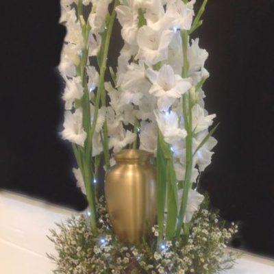 Fleurs pour urne funéraire.Limpide ! FU-26
