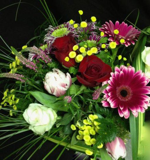 Fleurs en bouquet. Aujourd'hui seulement ! AE-20