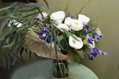 Fleurs blanches. Pur fraîcheur ! AE-41
