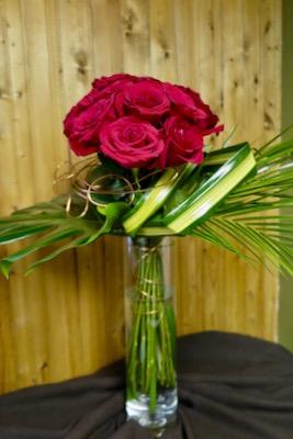 Des roses rouges. Amoureusement ! AE40